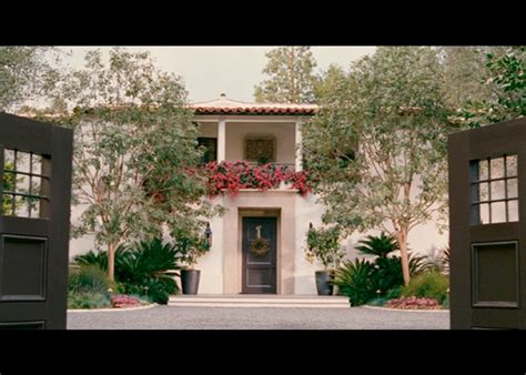 cameron diaz s california style home in the holiday the film locations of nancy meyers romantic comedy the