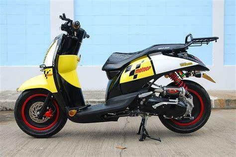 Standar 12 Motor Matic Pelangi Thailand modifikasi motor matic modifikasi honda scoopy style racing