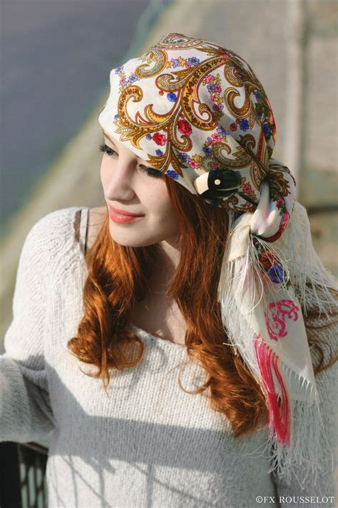 pattern for a pirate bandana how to tie a scarf on your head white flower pattern