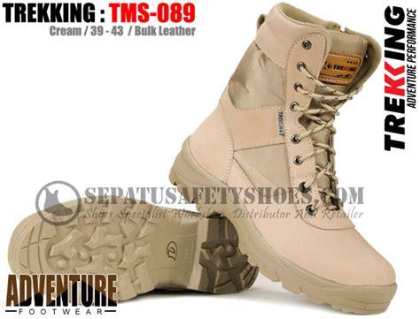 Kulitas Terbaik Sepatu Boot Pria Sepatu Olahraga Adidas Warna Putih 2 sepatu gunung toko sepatu safety safety shoes holidays oo