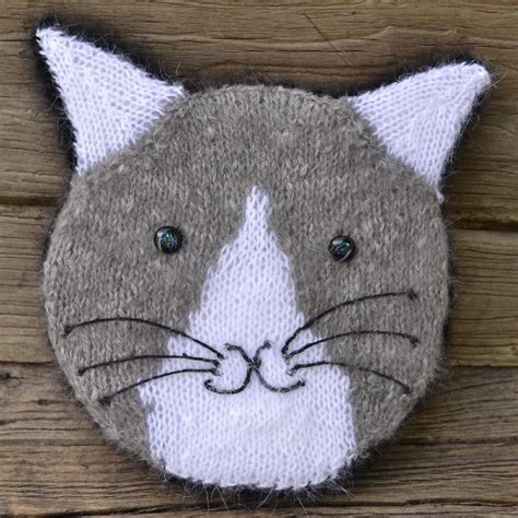 cat knitting knit your cat pillow knitting pattern by colette smith