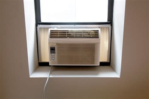 advantages of small window air conditioner