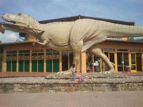 miami wilds vs dinosaur open air museum theme parks duel