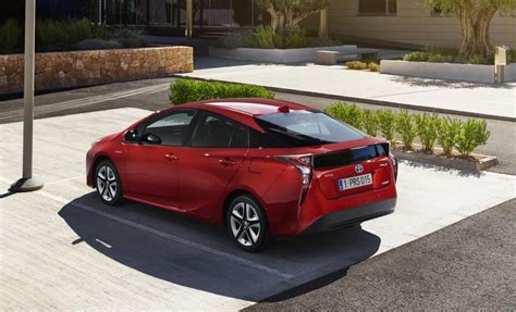 2016 toyota prius exterior rear review 2016 2018 future cars 2016 toyota prius revealed tnga platform confirmed