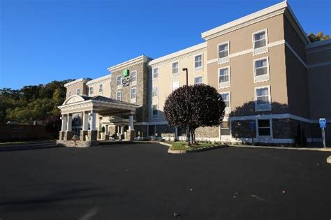 comfort inn danbury ct holiday inn express suites updated 2018 hotel reviews