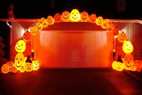 outdoor light up pumpkins halloween lighting ideas