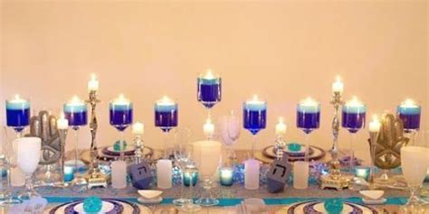 stunning hanukkah decorations