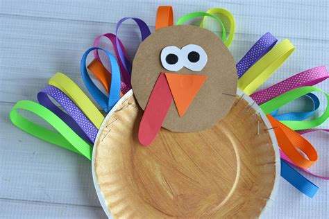 How To Make A Paper Plate Turkey Craft - paper plate ribbon turkey kid craft