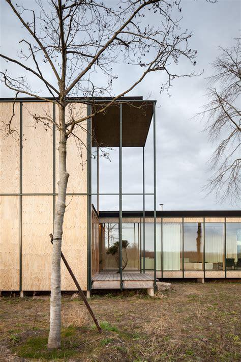 weekend house design weekend house design 28 images steel structure transparent contemporary pavilion
