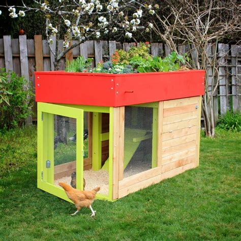 Chicken Coop With Planter by 1000 Images About Chicken Coop Planters On