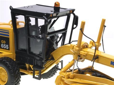 Best Seller Premium 1 50 Komatsu Gd655 Motor Grader Diecast komatsu gd655 montoniveladora gear 3062 escala 1 50