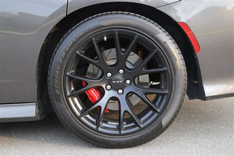 charger hellcat wheels review 2015 dodge charger srt hellcat canadian auto review