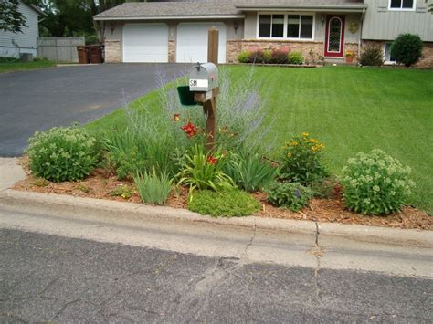 landscaping ideas around mailbox rubber mulch everlast rubber mulchu recycled from tires with