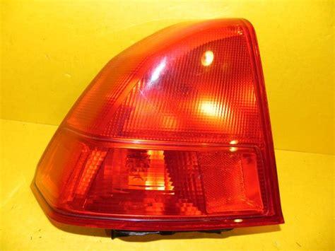 2003 honda civic lx tail light purchase 01 02 03 honda civic sedan left driver tail light