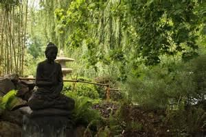 buddha im garten kostenloses foto japan zen garten buddha kostenloses