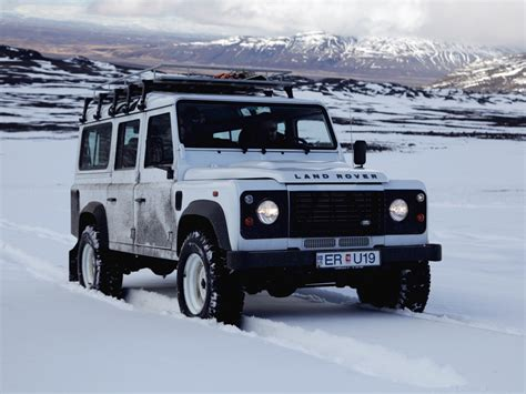 wallpaper land rover defender land rover defender 110 pickup wallpaper 1024x768 15638