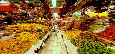 imagenes de mercado los mercados micromundos surrealistas de tradici 243 n y