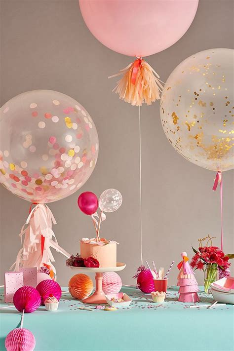 Confetti Decorations by 25 Best Ideas About Confetti Balloons On