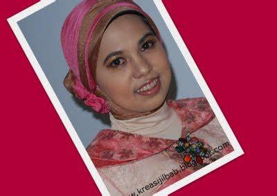 muwafiq kreasi jilbab dan make up natural untuk anda kreasi jilbab make up natural dan kreasi jilbab panitia