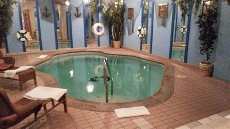 inn of the dove pool room heated in room pool picture of inn of the dove bensalem bensalem tripadvisor