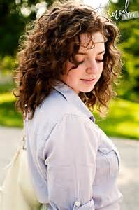 hair styles for 9 year with wavy hair best 20 medium curly haircuts ideas on pinterest medium