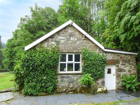 Riverside Cottages by Riverside Cottage In Penmaenpool This Single Storey