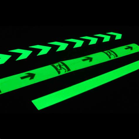 glow in the direction signs arrow signs floor