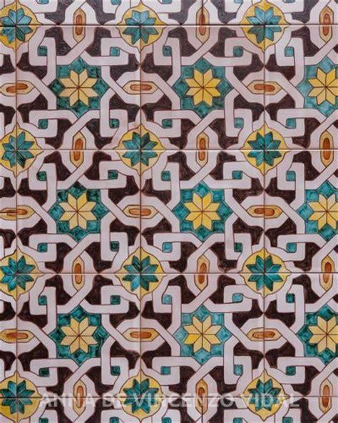 piastrelle decorate piastrelle decorate per pavimenti tavolo consolle