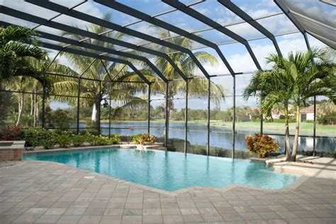 61 pictures of swimming pools to inspire design ideas
