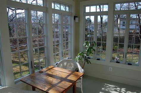 Four Season Porch Ideas サンルーム ダイニングの隣の 光の部屋 住宅デザイン