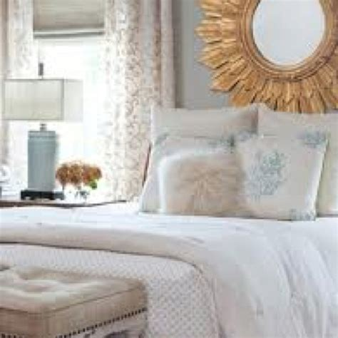 Blue White And Gold Bedroom by Blue White Gray Gold Bedroom Sleeping Quarters