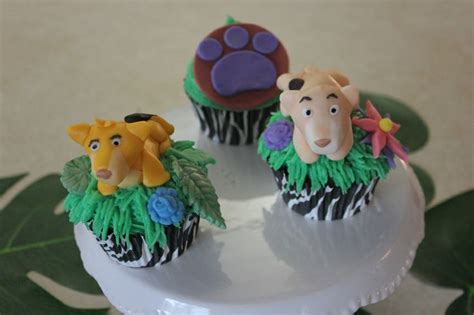 King Baby Shower Cupcakes by 17 Best Images About King Jungle Baby Shower On