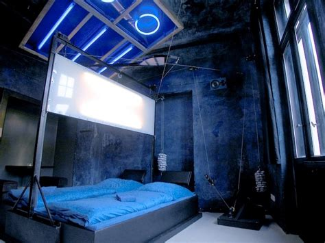 kinky bedroom 15 most awesome themed hotel rooms part 3 of 3 trip sense