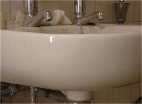 cracked bathroom sink bath and sink repairs merlin repair specialists ltd