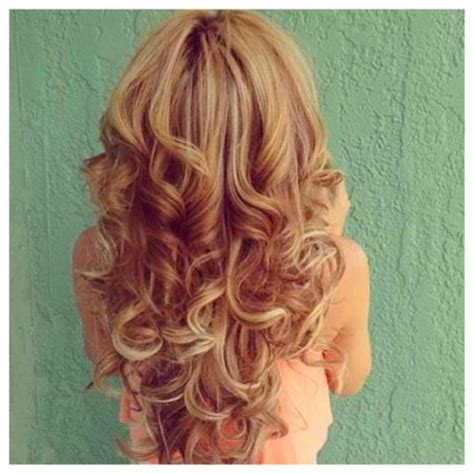 african women with strawberry blonde highlights strawberry blonde with golden blonde highlights fmag com