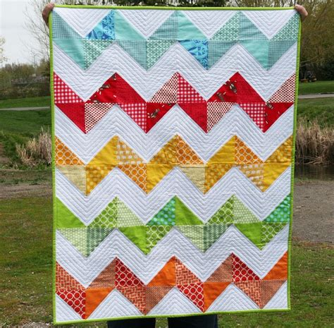 zig zag sewing pattern 128 best zigzag quilts images on pinterest quilting