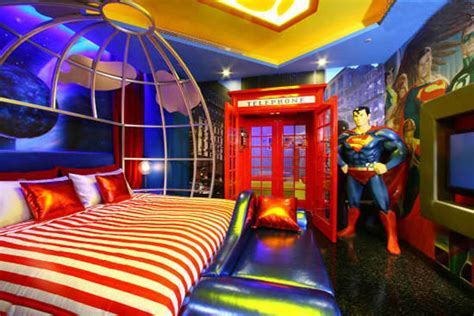 superman bedroom decor 25 fantasy bedrooms geeks would die for hongkiat