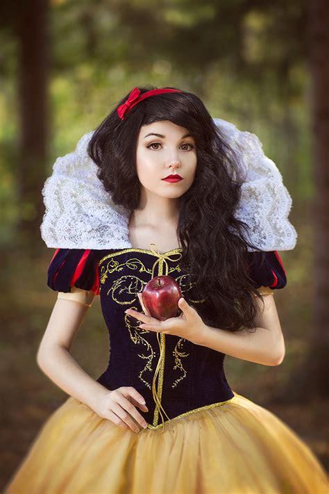 Snow White snow white by kikolondon on deviantart