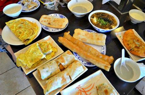 Waralaba Teh Racik a guide to a traditional taiwanese breakfast serious eats