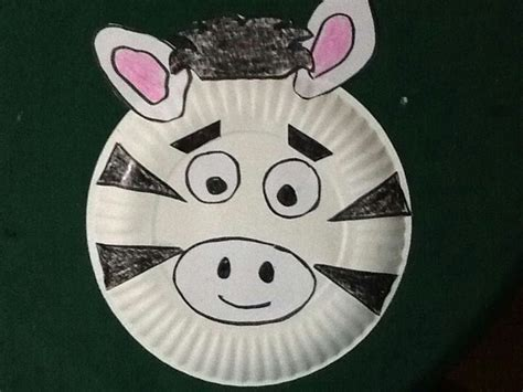 Zebra Paper Plate Craft - paper plate zebra craft ideas