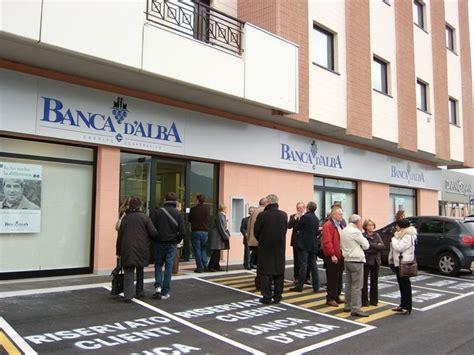 banca piemonte filiali nuova filiale banca d alba e centro medico fisioterapico