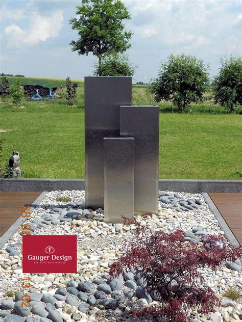 garten und landschaftsbau völkel gartenbrunnen aus hamburg ochsenwerder gartenbrunnen