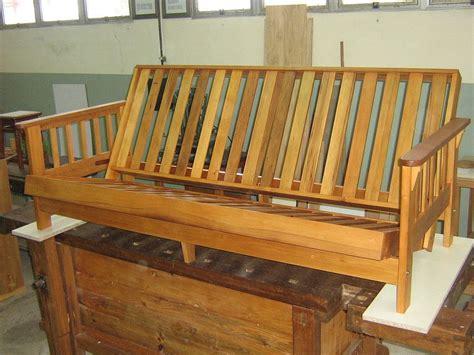 Un Futon como construir un futon paso a paso diy chair stools