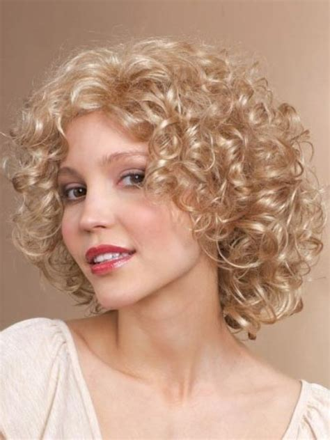 permed hairstyles for square fasce medium length wavy haircut square face