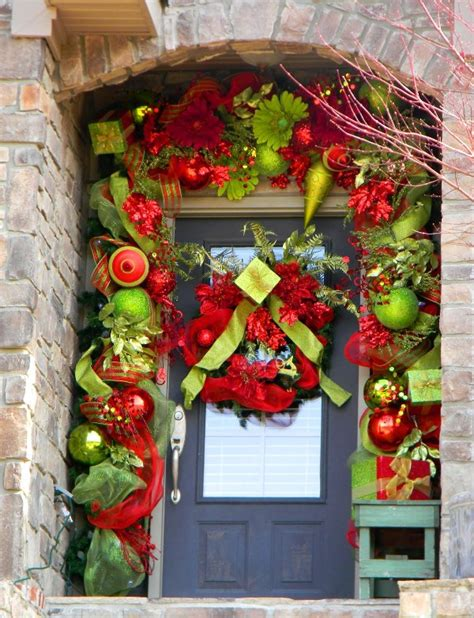 christmas front door decor awesome front door christmas decorating ideas home a holic