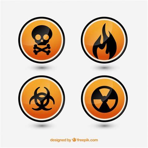 imagenes de simbolos que representen peligro signos de peligro establecidos descargar vectores gratis
