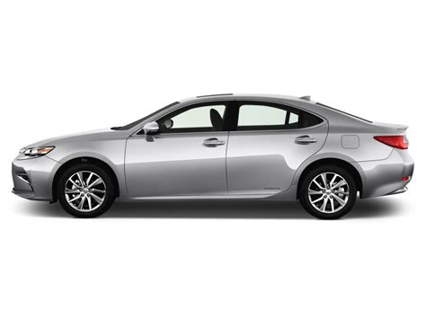 sporty lexus 4 door image 2016 lexus es 300h 4 door sedan hybrid side