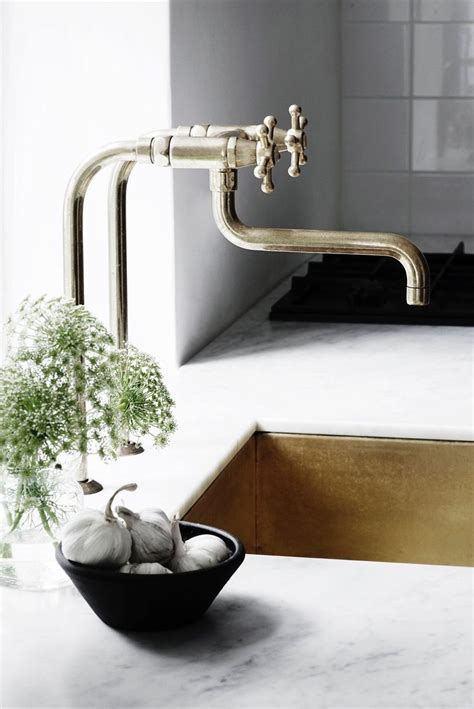 best kitchen sink faucets best 25 kitchen sink faucets ideas on