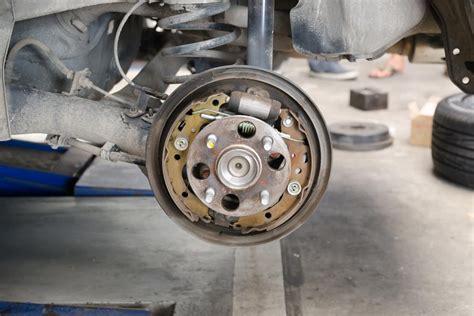 Plat Brake Pad D Gran Max symptoms of a bad or failing brake drum