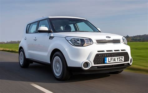 kia soul review kia soul hatchback review 2014 parkers